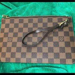 Louis Vuitton Neverfull wristlet in Damier Ebene